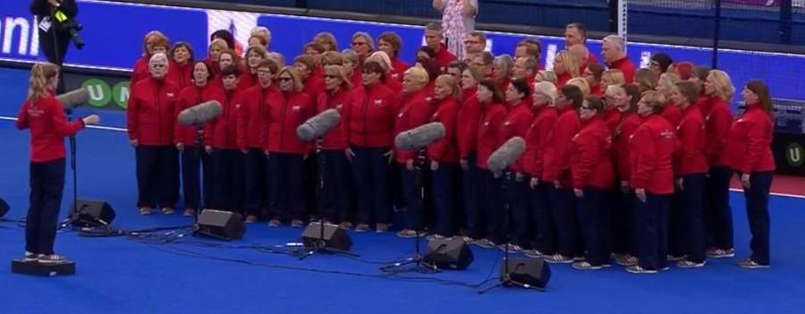 hockey-full-choir55e5b246e7522.jpg